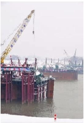 1月20日下午,长沙县暮云镇,正在建设中的沪昆高铁湘江特大桥.