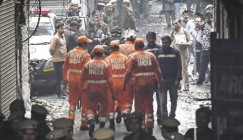 印度新德里火灾为何伤亡这么大